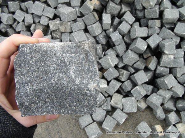 Granitpflastersteine helles Schwarz Feinkorn